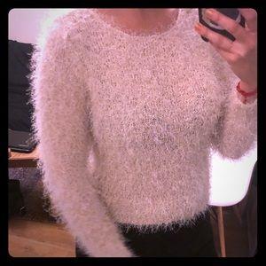 Cute cream/white fuzzy sweater H&M